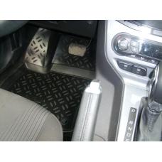 Ковры салонные модельные (высокий борт, 3D с подпятником) Aileron на Ford Focus 3